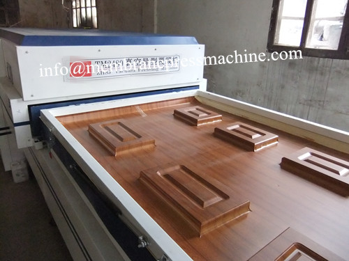 PVC veneer Vacuum Press Membrane Covering Machine for door kitchen cabinets